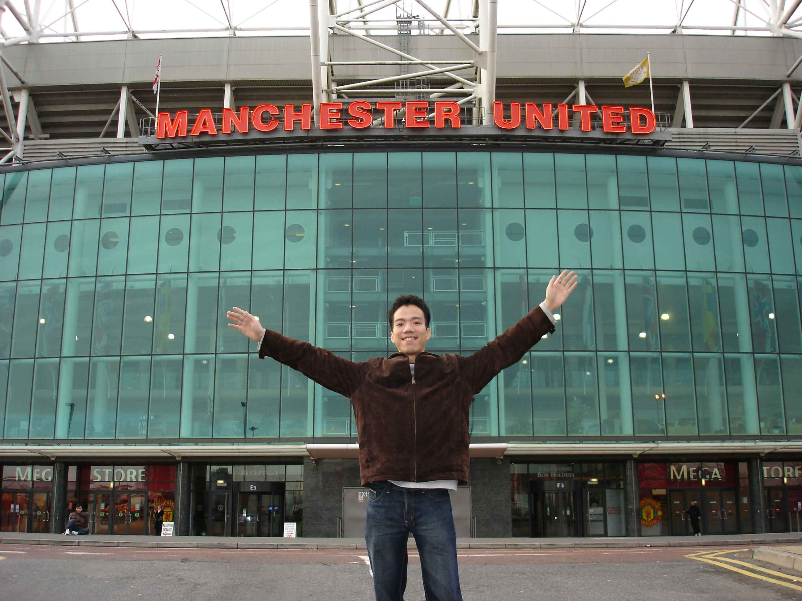 The Salford MBA student Le-Hung-at- Manchester United Old Trafford