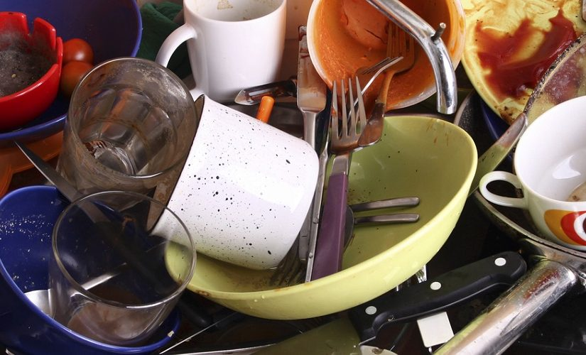 Image of dirty dishes in the sink