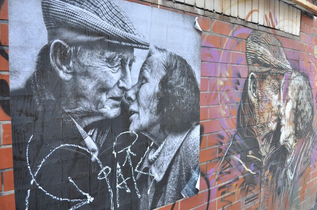 Stencil of a French elderly couple on Warwick Street