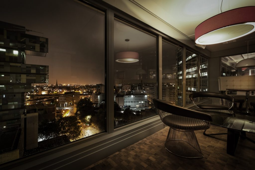 image;loungeon12