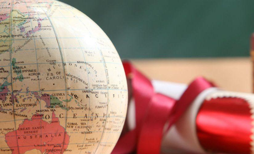 Image: Globe