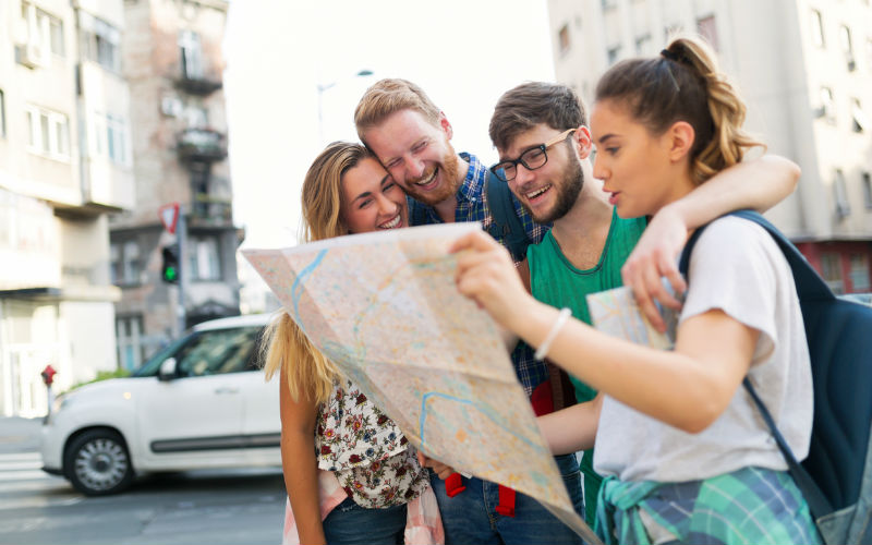 Image: Students traveling and sightseeing together
