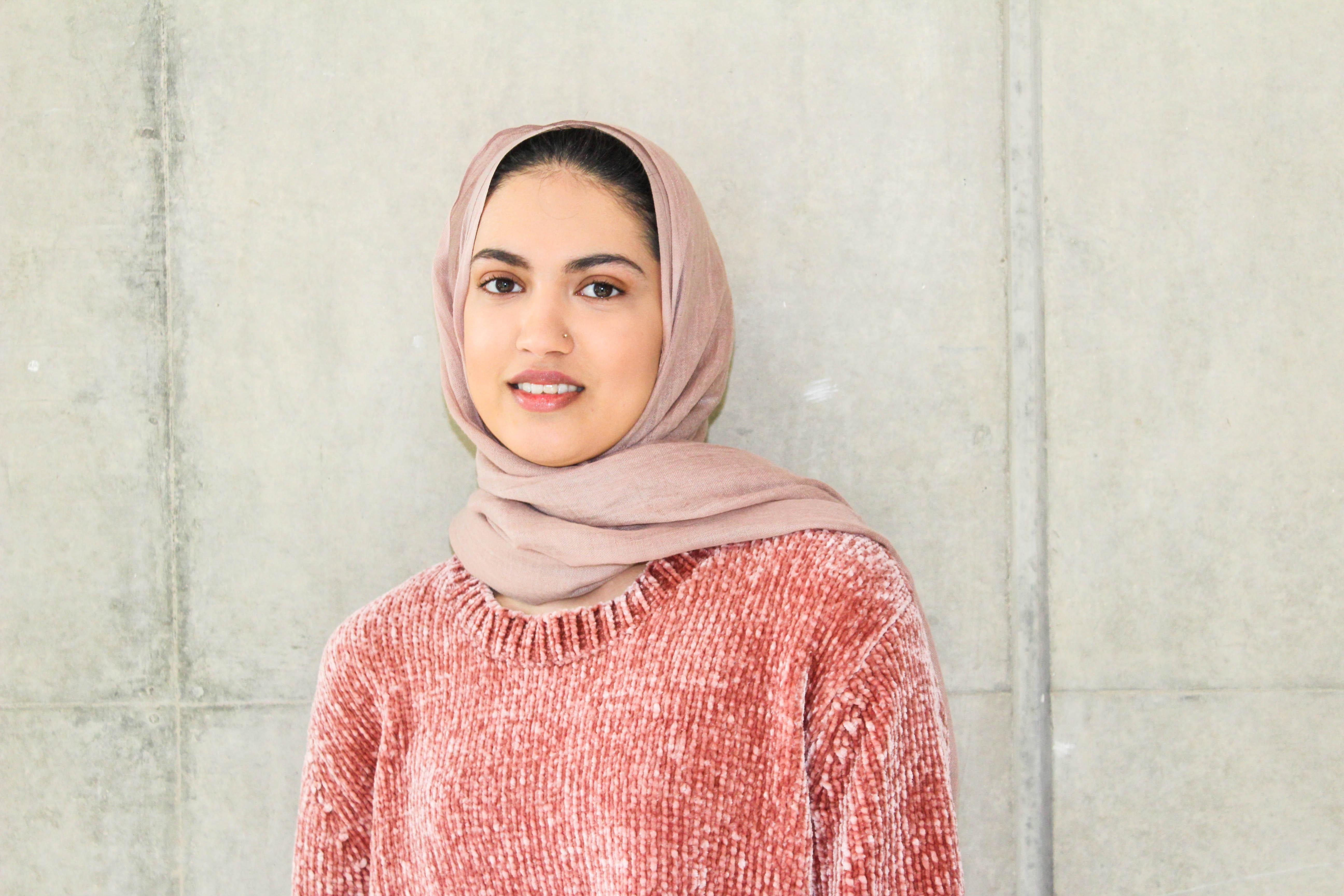 Image: Portrait photograph of Biomedical Science student Farah Saddique