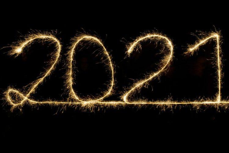 2021 written in gold text