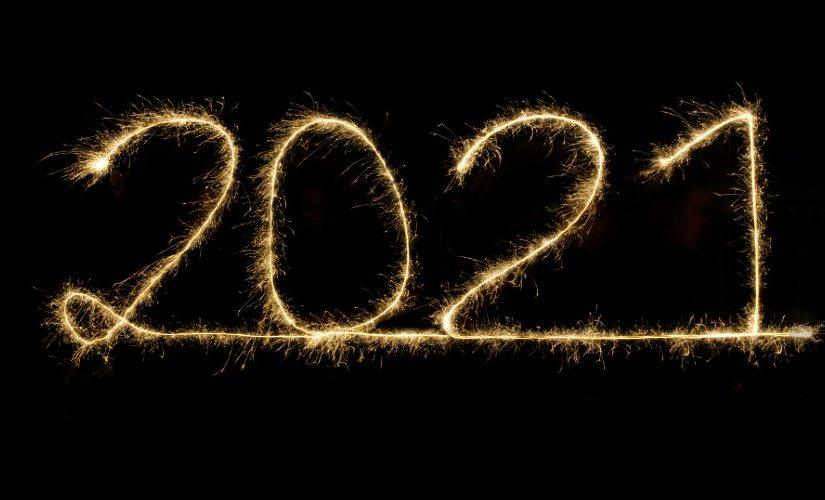 2021 written in gold text