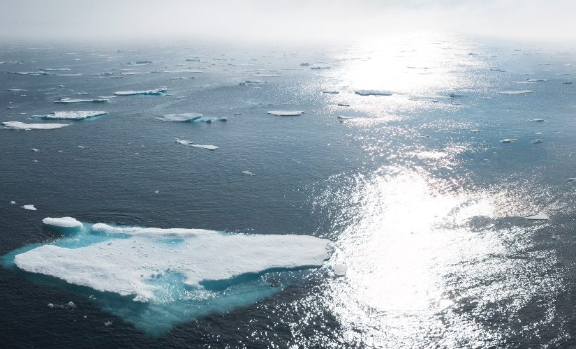 Image of melting icebergs